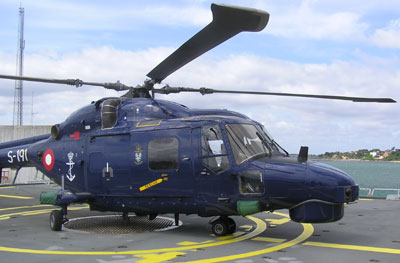 LYNX S-191 on the helicopter deck of the Command and Support ship ABSALON